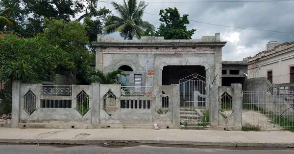 Casa de  3 cuartos, 3 baños y 1 garaje por $ 25.000 en Cienfuegos, Cienfuegos