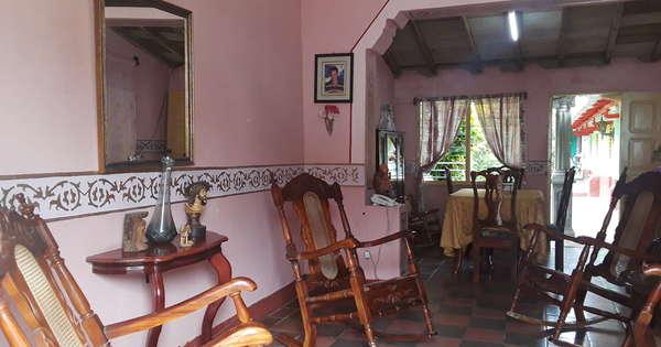 Casa de  8 cuartos y 7 baños por $ 180.000 en Trinidad, Sancti Spiritus