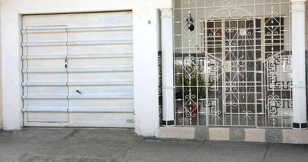 Casa de  3 cuartos, 3 baños y 1 garaje por $ 80.000 en Cienfuegos, Cienfuegos