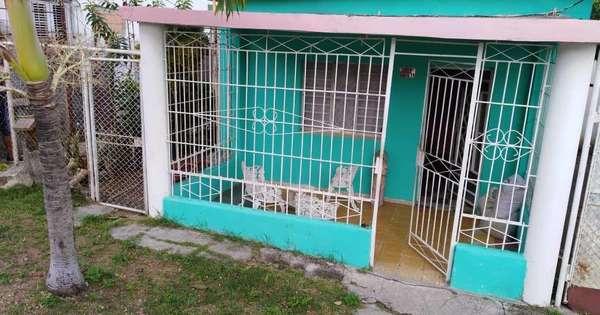 Casa de  2 cuartos, 1 baño y 1 garaje por $ 23.000 en Arroyo Naranjo, La Habana