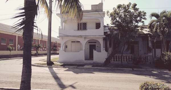 Casa de  3 cuartos y 2 baños por $ 40.000 en Manzanillo, Granma