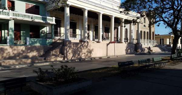 Casa de  6 cuartos y 3 baños por $ 95.000 en Cienfuegos, Cienfuegos
