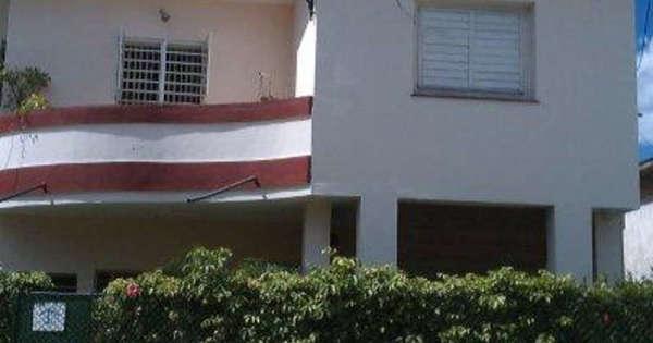 Apartamento de  3 cuartos y 2 baños por $ 65.000 en Playa, La Habana