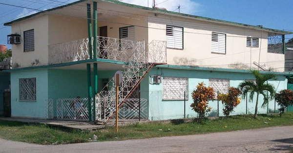 Casa de  4 cuartos, 2 baños y 1 garaje por $ 90.000 en Cienfuegos, Cienfuegos