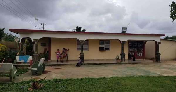 Casa de  2 cuartos, 3 baños y 1 garaje por $ 55.000 en Cárdenas, Matanzas