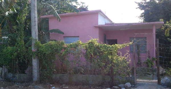 Casa de  2 cuartos, 2 baños y 1 garaje por $ 16.000 en Cienfuegos, Cienfuegos