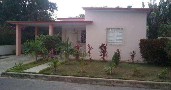 Casa de  3 cuartos, 2 baños y 1 garaje por $ 120.000 en Cienfuegos, Cienfuegos