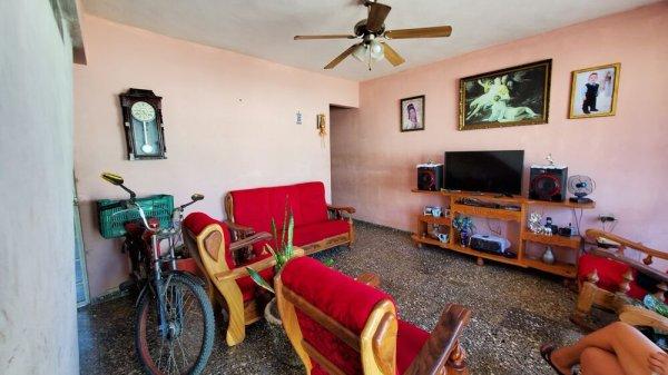 Picture on Casa de 6 cuartos por $ 80.000 en Cienfuegos, Cienfuegos