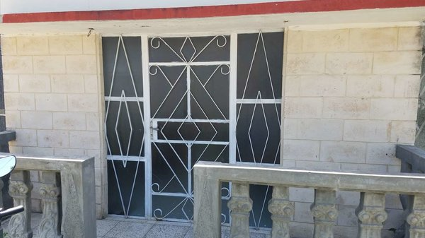 Casa de  1 cuarto y 1 baño por $ 55.000 en Cienfuegos, Cienfuegos