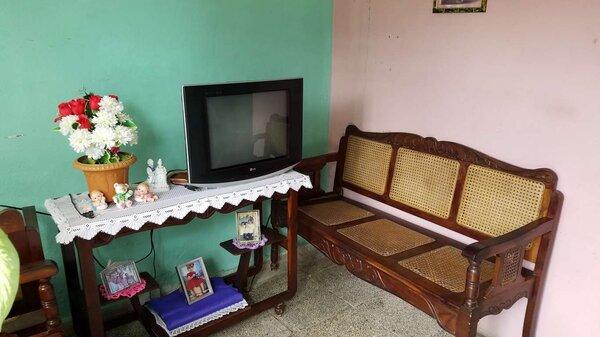 Casa de  1 cuarto y 1 baño por $ 10.000 en Cienfuegos, Cienfuegos