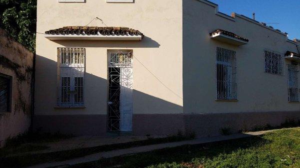 Casa de  2 cuartos y 1 baño por $ 30.000 en Cienfuegos/Cienfuegos/Punta Cotica