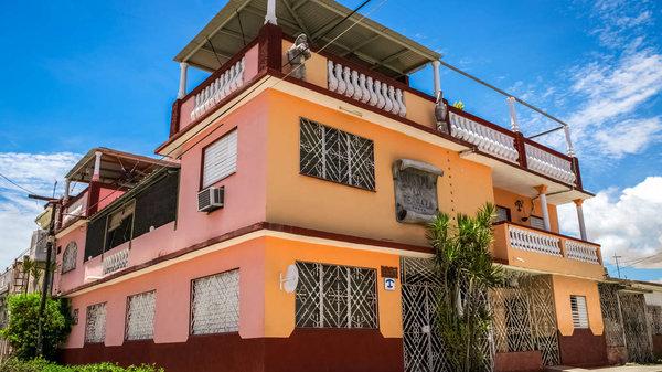 Picture on Casa de  9 cuartos y 8 baños por $ 120.000 en Cienfuegos, Cienfuegos