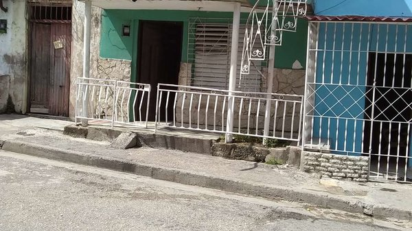 Casa de  2 cuartos y 1 baño por $ 20.000 en Santiago de Cuba, Santiago de Cuba