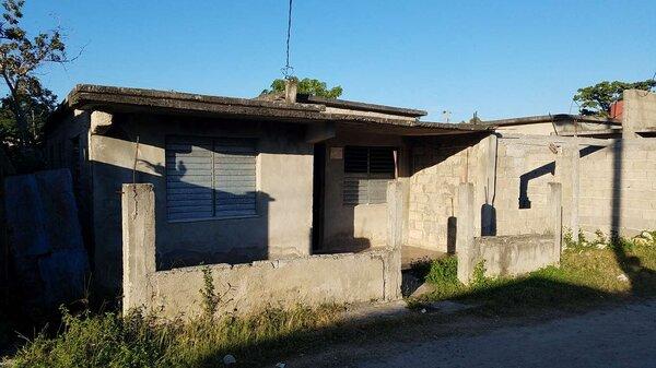 Casa de  4 cuartos, 2 baños y 1 garaje por $ 40.000 en Cienfuegos, Cienfuegos