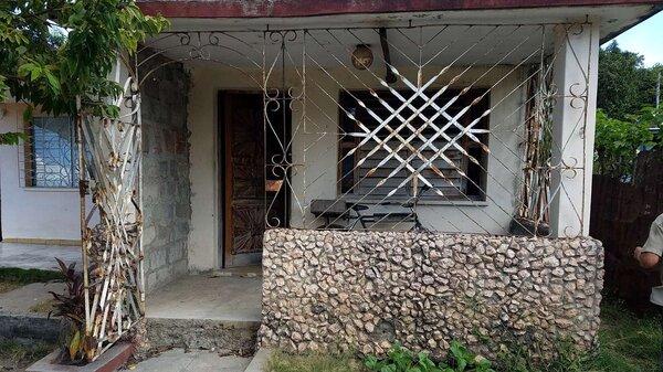 Casa de  2 cuartos y 1 baño por $ 13.000 en Cienfuegos/Cienfuegos/Tulipán
