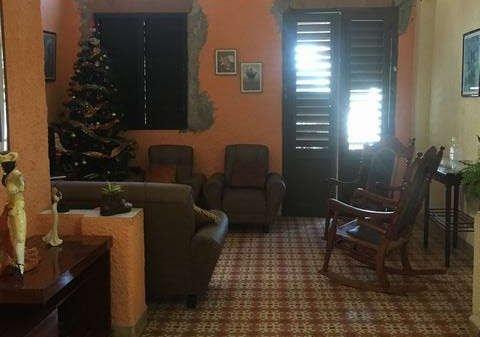Picture on Casa de 3 cuartos y 1 baño por $ 170.000 en La Habana Vieja, La Habana
