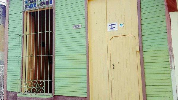 Picture on Casa de 5 cuartos y 3 baños por $ 50.000 en Cienfuegos, Cienfuegos