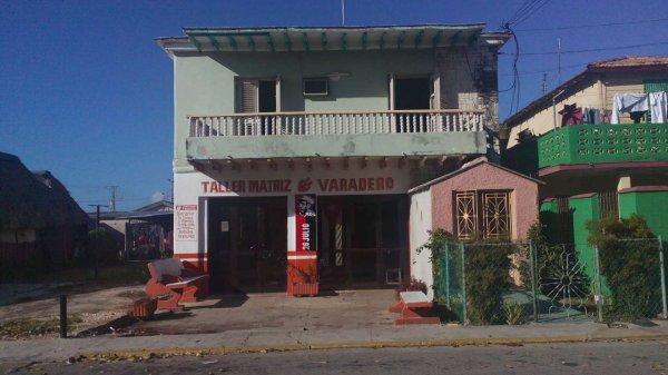 Picture on Apartamento de 3 cuartos y 2 baños por $ 130.000 en Cárdenas, Matanzas