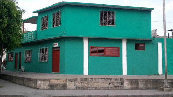 Casa de  3 cuartos y 1 baño por $ 40.000 en Cienfuegos/Cienfuegos/Centro Histórico