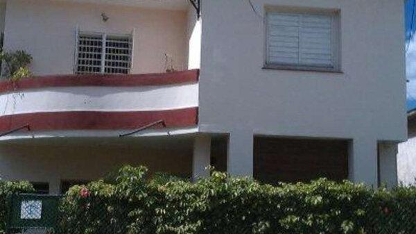 Picture on Apartamento de 3 cuartos y 2 baños por $ 65.000 en Playa, La Habana
