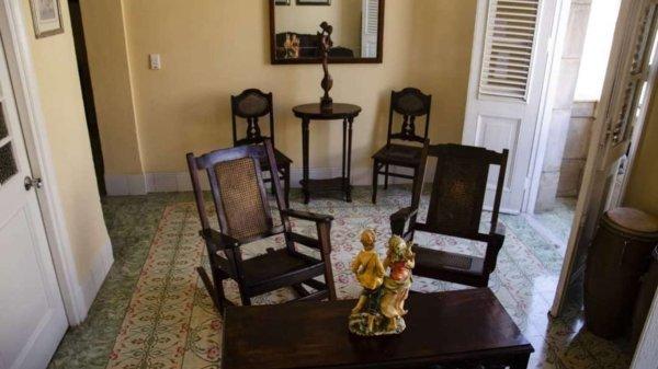 Picture on Casa de 3 cuartos y 4 baños por $ 155.000 en La Habana Vieja, La Habana