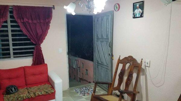 Picture on Casa de 1 cuarto y 1 baño por $ 14.000 en Cienfuegos, Cienfuegos