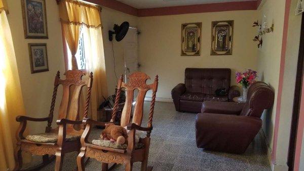 Picture on Casa de 3 cuartos, 3 baños y 1 garaje por $ 35.000 en Cienfuegos, Cienfuegos
