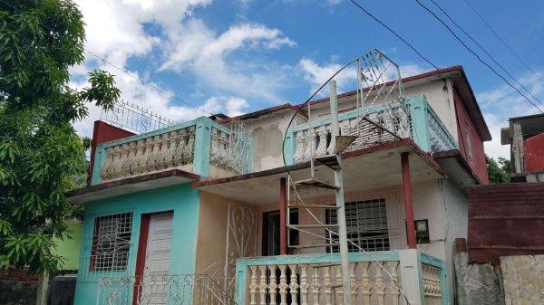 Casa de  4 cuartos y 3 baños por $ 25.000 en Cienfuegos/Cienfuegos/La Juanita