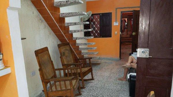 Casa de  4 cuartos, 4 baños y 1 garaje por $ 50.000 en Cienfuegos/Cienfuegos/San Lázaro