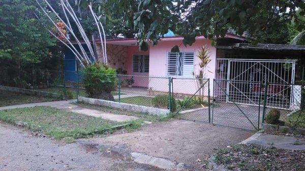 Casa de  3 cuartos, 2 baños y 1 garaje por $ 80.000 en La Habana/Arroyo Naranjo
