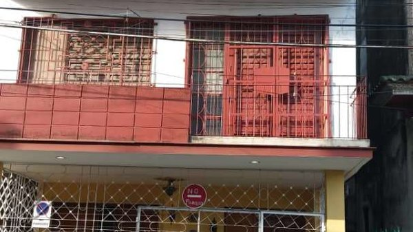 Casa de  2 cuartos y 1 baño por $ 30.000 en La Habana/La Habana Vieja