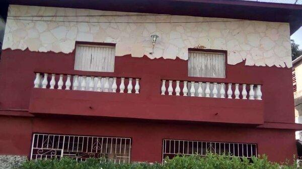 Picture on Casa de 3 cuartos, 2 baños y 1 garaje por $ 70.000 en Playa, La Habana