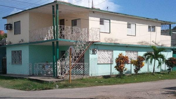 Casa de  4 cuartos, 2 baños y 1 garaje por $ 90.000 en Cienfuegos/Cienfuegos/Punta Gorda