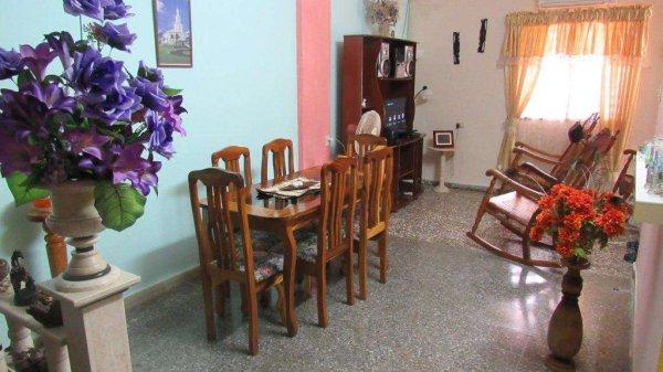 Picture on Casa de 3 cuartos y 1 baño por $ 70.000 en Cotorro, La Habana