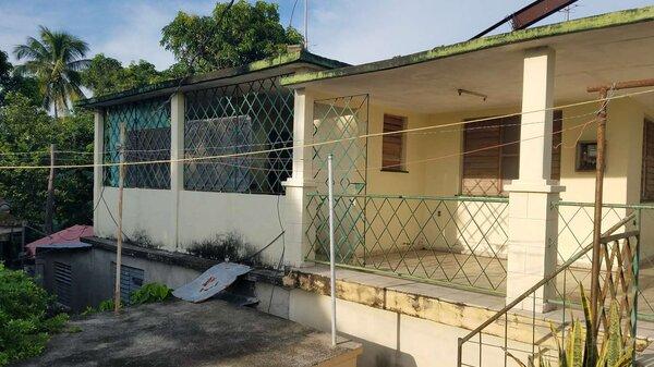 Casa de  3 cuartos, 2 baños y 1 garaje por $ 23.000 en Cienfuegos, Cienfuegos