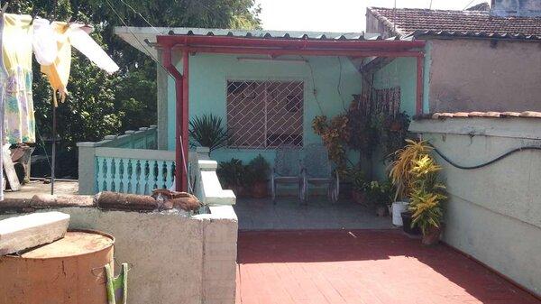 Casa de  2 cuartos y 1 baño por $ 30.000 en Cienfuegos/Cienfuegos/La Gloria