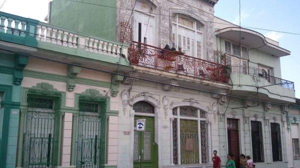 Picture on Casa de 10 cuartos y 4 baños por $ 200.000 en Cienfuegos, Cienfuegos