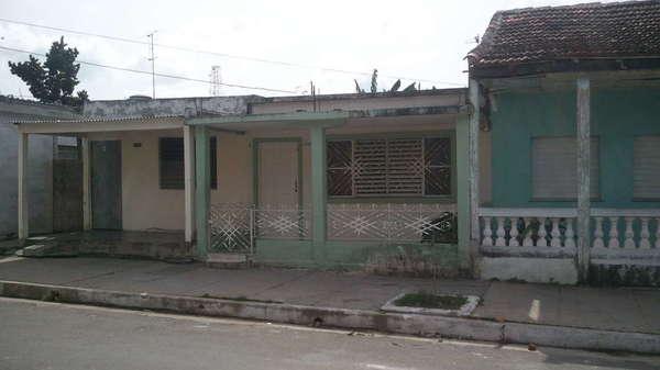 Casa de  2 cuartos y 1 baño por $ 25.000 en Cienfuegos, Cienfuegos