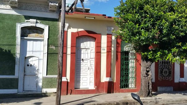 Casa de  5 cuartos y 1 baño por $ 90.000 en Cienfuegos, Cienfuegos