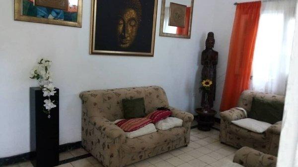 Casa de  4 cuartos y 2 baños por $ 85.000 en La Habana/Playa/Miramar