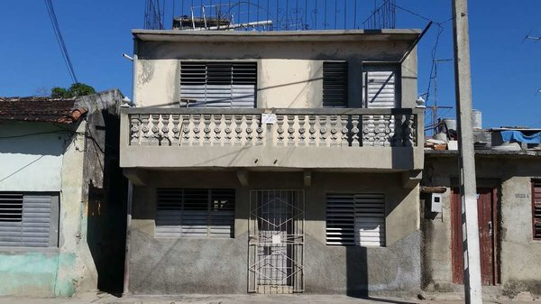 Casa de  3 cuartos y 2 baños por $ 16.000 en Cienfuegos, Cienfuegos
