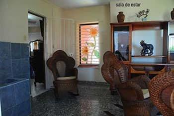 Picture on Casa de 3 cuartos y 4 baños por $ 150.000 en Playa, La Habana