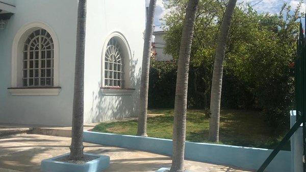 Picture on Casa de 4 cuartos, 4 baños y 1 garaje por $ 300.000 en Playa, La Habana