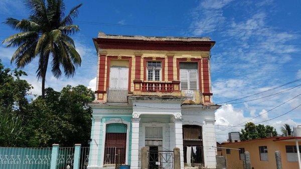 Casa de  4 cuartos y 2 baños por $ 50.000 en Cienfuegos, Cienfuegos