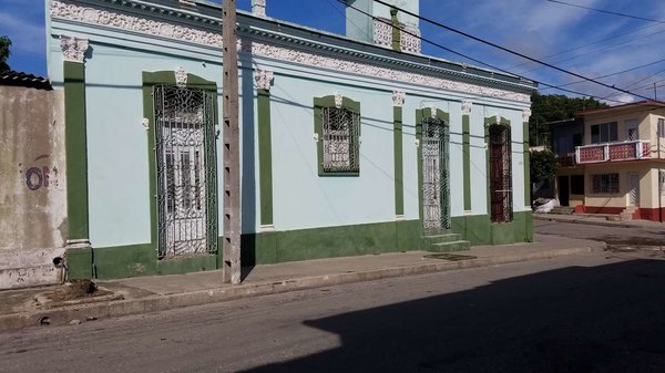 Casa de  3 cuartos y 1 baño por $ 40.000 en Cienfuegos/Cienfuegos/San Lázaro