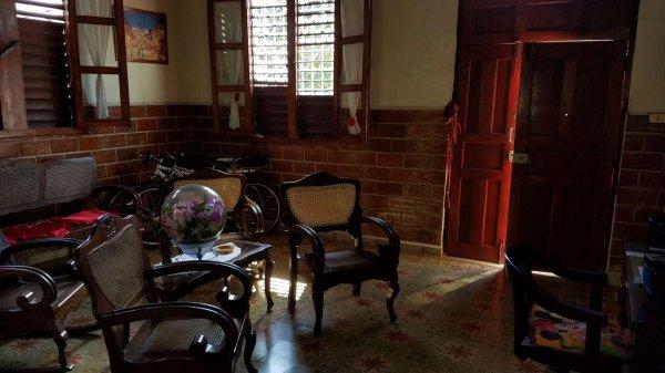 Casa de  4 cuartos y 3 baños por $ 70.000 en Cienfuegos, Cienfuegos