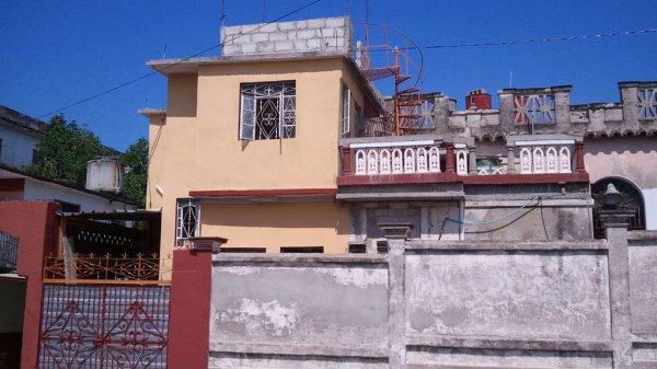 Casa de  3 cuartos, 2 baños y 1 garaje por $ 40.000 en Cienfuegos/Cienfuegos/La Gloria