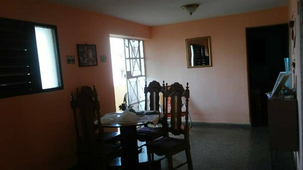 Apartamento de  2 cuartos y 1 baño por $ 45.000 en La Habana/Plaza de la Revolución