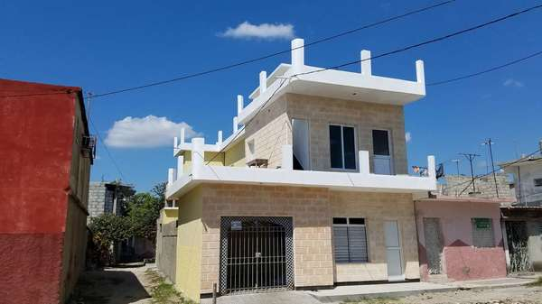 Casa de  3 cuartos, 3 baños y 1 garaje por $ Ajustable en Cienfuegos/Cienfuegos/Punta Gorda