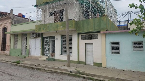Casa de  2 cuartos, 2 baños y 1 garaje por $ 40.000 en Cienfuegos, Cienfuegos